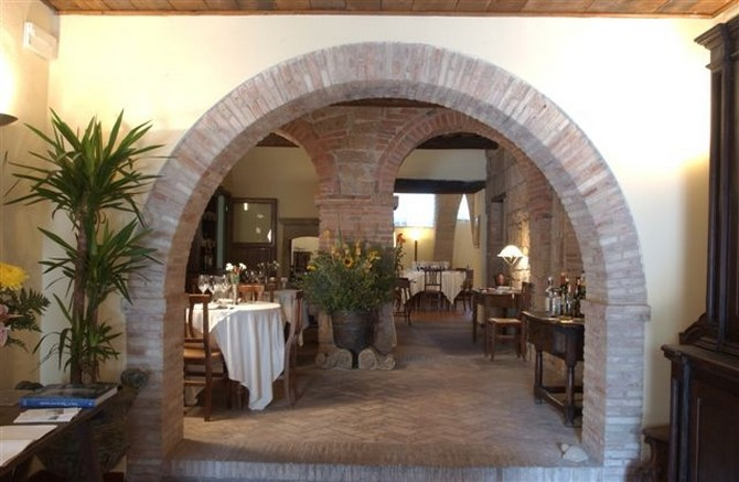 taverna-v-zona-archetti-6